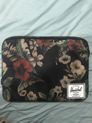 "Hershel's 13"" laptop case"