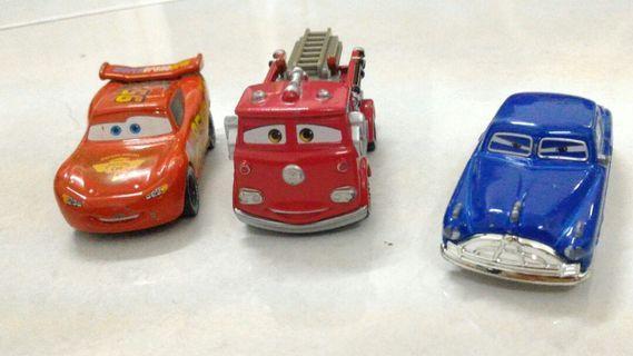 Set Tomica Disney Cars, McQueen, Red, Doc Hudson