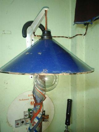 Topi lampu enamel..