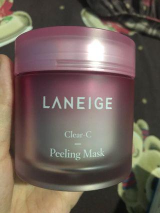 Jual Laneige Clear C Peeling Mask, kondisi masi 98%. Masih ada box dan spatula.