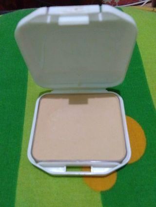 Two way cake pixy perfect fit shade 02
