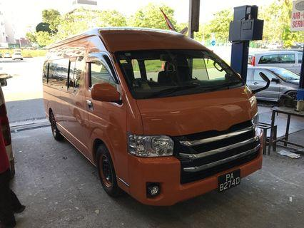 Toyota hiace (2008 oct have pay 10years coe left with 9years 6 month)
