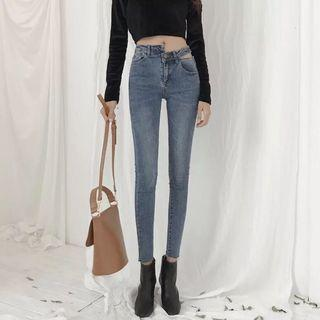 🚚 造型鏤空牛仔長褲