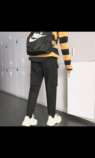 🚚 黑色工裝褲