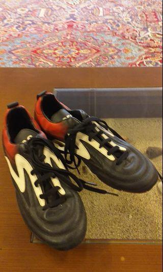 Sepatu futsal spec ori kulit