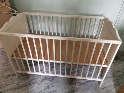 🚚 Baby cot