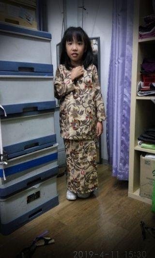 🚚 Tailor made Baju Kurung,even a kid looks gorgeous!