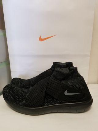 🚚 【降價】Nike Free Run Motion FK 慢跑鞋 全黑