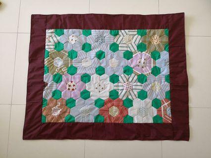 Patchwork blanket(百纳被)- hexagon flowers pattern