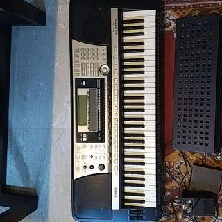 Yamaha PSR 740 Arranger Keyboard
