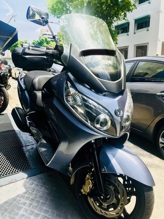 SYM MAXSYM400I, Motorbikes, Motorbikes for Sale, Class 2A on Carousell