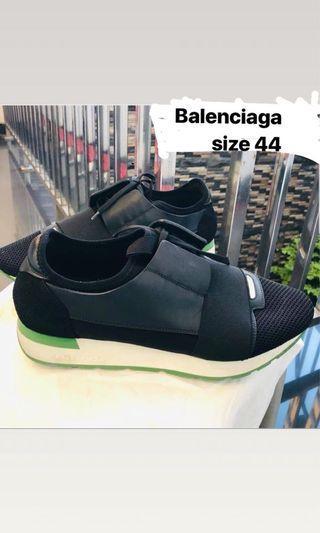 BALENCIAGA SHOES- preloved