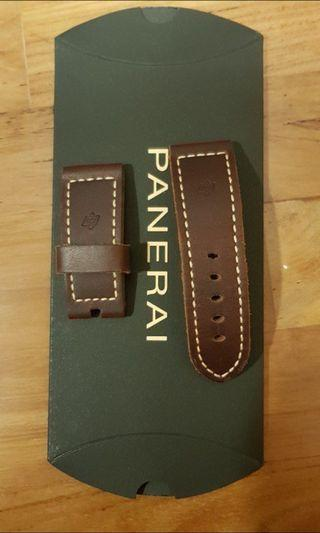 100% authentic Panerai leather strap XS size usually for smaller wrist or ladies wrist.