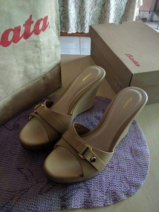Bata shoes wedges