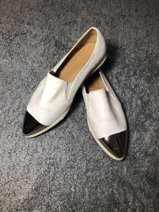 Pointy Slip On Shoes