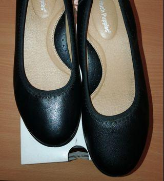 [almost new!] Hush puppies black shoes (Size 6)