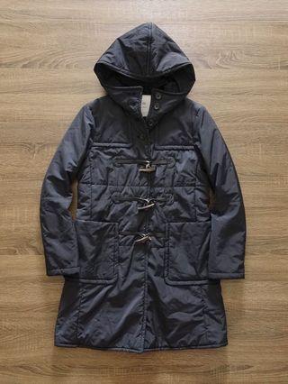 日本UNIQLO 黑色牛角扣連帽鋪棉短大衣S