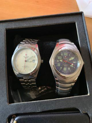 🚚 Swiss army watches x2