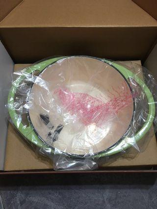 Nutrifresh鑄鐵廚具20cm 2.4公升雙耳鍋(蘋果綠)