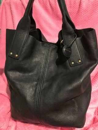 ZARA - roomy navy tote bag