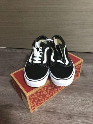 Authentic Brand New Vans Old Skool Classic