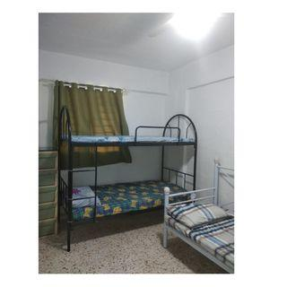 Common room at 23 hougang avenue 3 for rent! Wifi available!