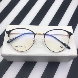 Kacamata Besi Bulat