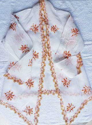 100% made in Sg. Rare! The one and only! Vintage Nonya Kebaya Top made of off white sheer voile and embellished with exquisitely embroidered little flowers as trimming and bouquets all over.