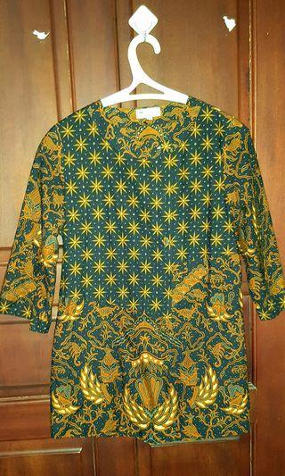 Atasan kemeja Batik Keris jarang dipakai