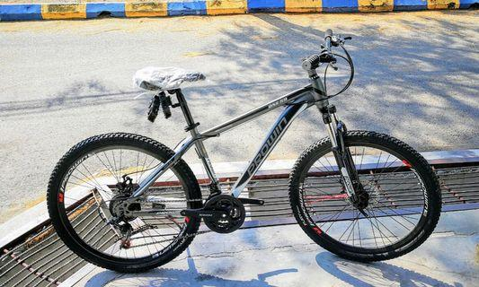"""26""""Inch Mountain Bike ( Suitable for Exercise ) Brand New"""