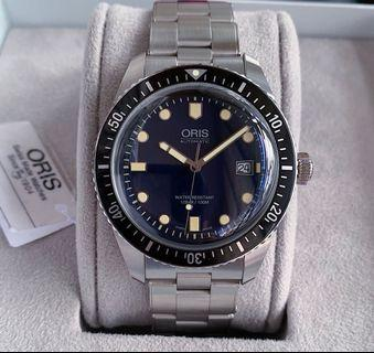 Like new Oris Divers Sixty Five watch blue dial