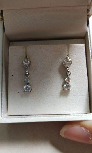 ❤Mother's Day gift❤ Classy pair of dazzling earrings #EndgameYourExcess