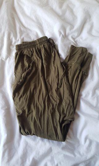 Khaki baggy pants