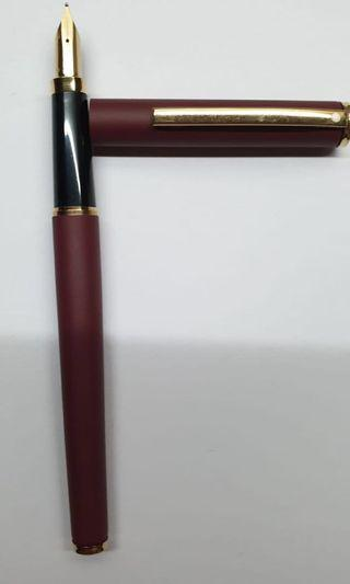 Sheaffer Fountain pen (03 maroon)