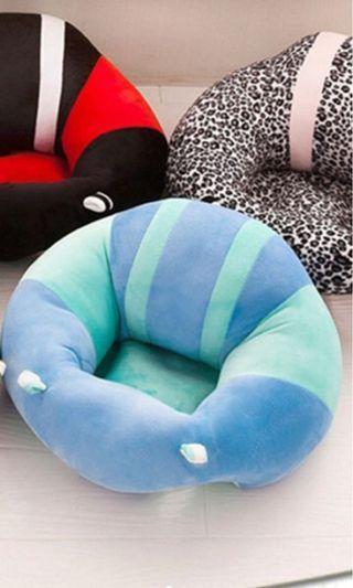 🚚 藍色學坐椅