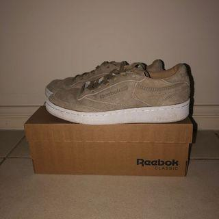 Reebok Club C 85 LST Trainers in Sand Suede