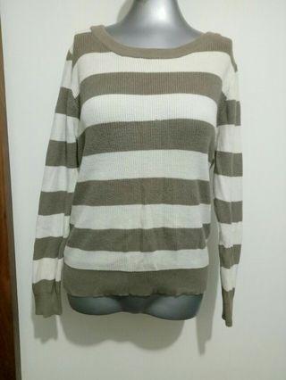 🚚 褐色條紋針織毛衣