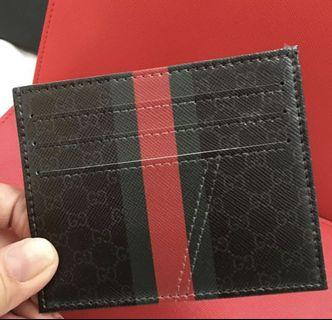 🚚 Custom card holder