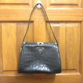 Guess shoulder bag #SSV8