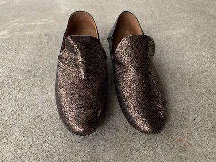 mwa mwa 專櫃手工純羊皮古銅低跟包鞋/女鞋 24號