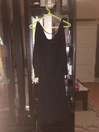 Dress hitam fit