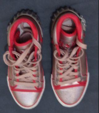 意大利牌子ash女裝銅金色紅邊邊波鞋 Size 35