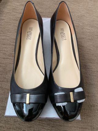Joy & Peace Women's Leather Shoes
