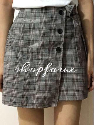 🇰🇷 MADE IN KOREA checkered skirt
