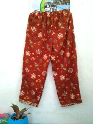 Celana batik/floral pants