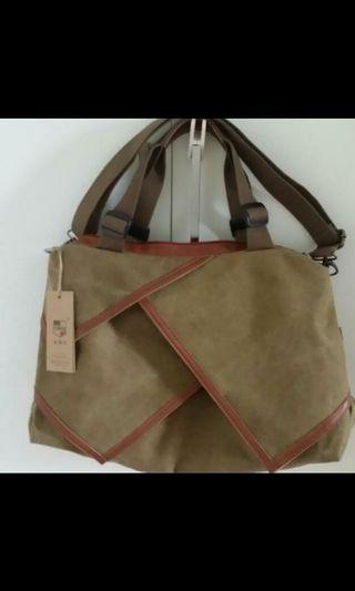 BNWT European Style Ladies Canvas Shoulder Bag - Khaki Colour