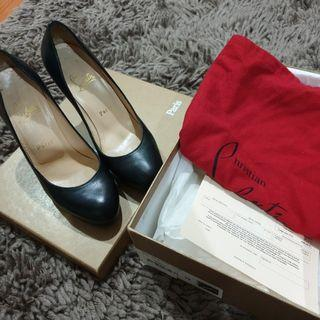 Christian Louboutin black simple pump