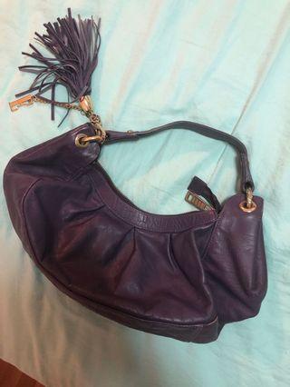 🚚 Elle purple clutch handbag
