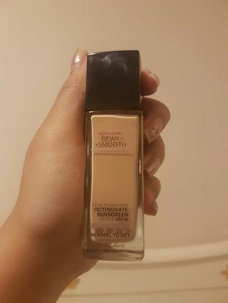 Fit Me Foundation (dewy + smooth)