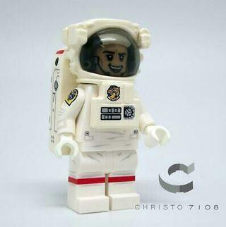 Christo 7108 Custom Astronaut